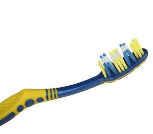 Trisa - Flexible Head TRIO Brush